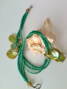 green triple strand shell necklace7adjusted